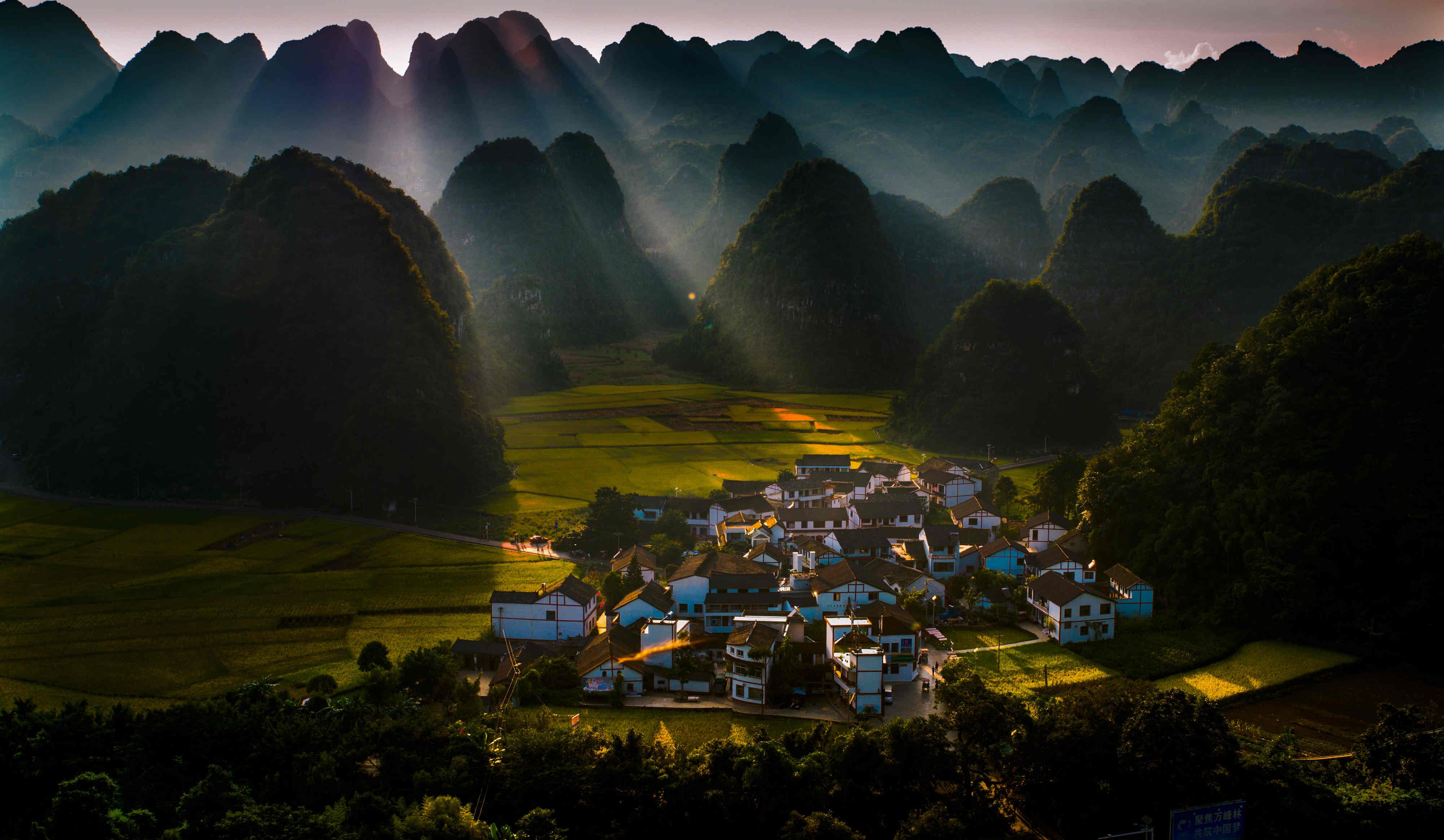 来兴义怎可不去万峰林?图片